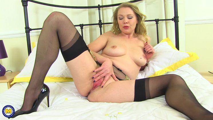 British Milf Wendy Taylor