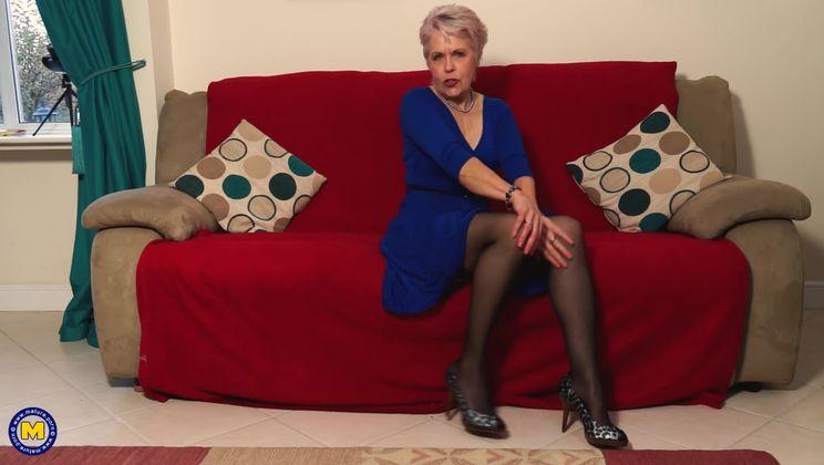 British Milf Mature Stockings
